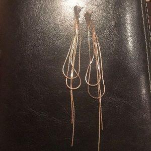 Jewelry - Dangling silver earrings
